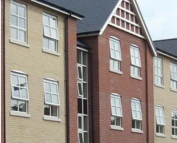 houses with aluminium windows